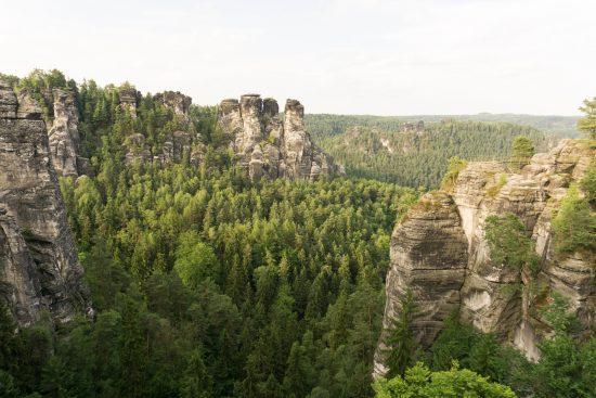 """Ausblick von der """"Basteibrücke"""""""