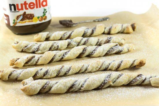 Nutella-Sticks mit Blätterteig