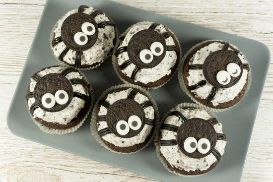 Spinnen Oreo Muffins Fur Halloween Eine Portion Gluck