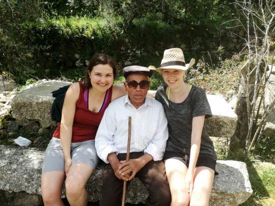 Ein alter Portugiese - der sehr glücklich war, unsere Sonnenbrille zu testen